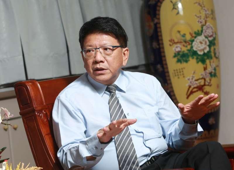 被外界點名會參選高雄市長補選,潘孟安表示「傻眼」。(柯承惠攝)