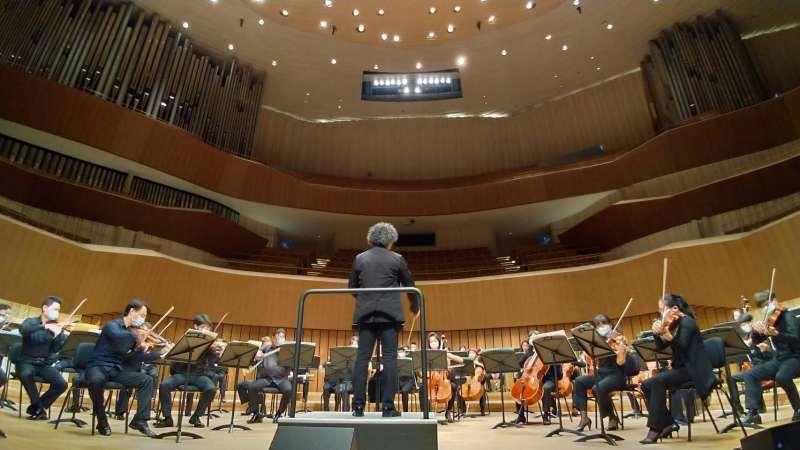 高雄市交響樂團與高雄市國樂團將透過網路,以最高規格為市民帶來震撼人心的音樂演出。(圖/徐炳文攝)