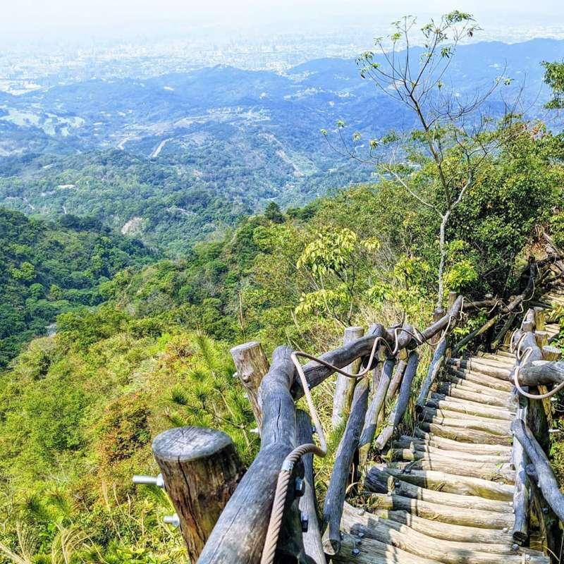 大坑四號步道是出了名的難爬!不過景色非常漂亮。(圖/IG@jeffreywu0811)