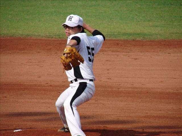 20200502-立院副院長蔡其昌特助蔡克斯(見圖)就讀弘光科技大學時期,曾是棒球隊主力投手。(蔡克斯提供)