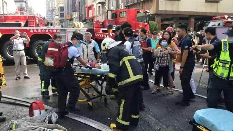 高雄市三民區民宅的大火,奪走5人性命。(圖/作者提供)