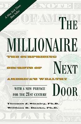 圖一《鄰家的百萬富翁》作者為了瞭解富人們對財務的看法,訪問500位富翁。(圖取自金石堂網路書局官網)