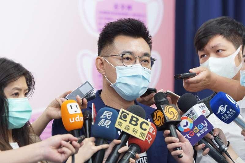 20200512-國民黨12日召開「戰疫百日·守護國人--護師節為護理師加油! 」記者會,主席江啟臣受訪。(盧逸峰攝)