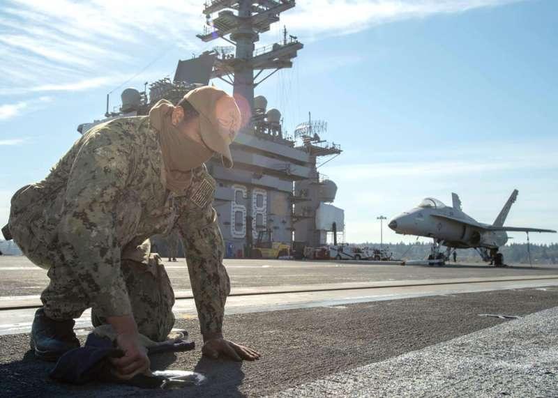 之前因武漢肺炎造成戰力空窗期,如今美軍航母逐步恢復戰力。(翻攝自USS Nimitz(CVN 68)臉書)