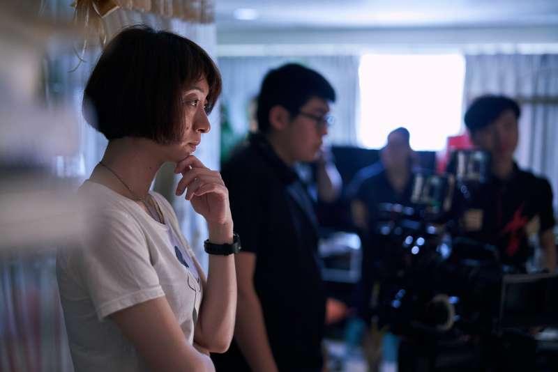 20200520-鄭問紀錄片《千年一問》工作照,導演王婉柔。(貝殼放大提供)