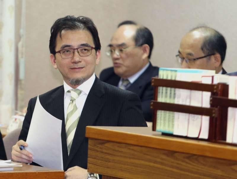 駭客長期鎖定劉建忻(左)與其他高級幕僚,想攻破防護竊取資料。(柯承惠攝)