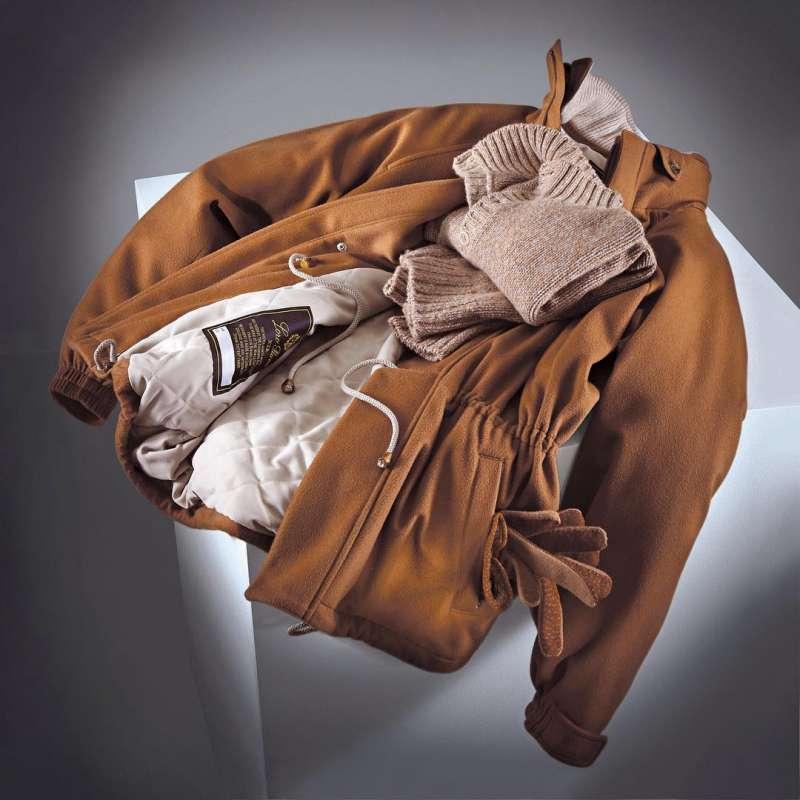 圖二 Loro Piana用小羊駝毛製成的大衣,一件要價就要60萬台幣。(圖/取自Loro Piana官方IG)