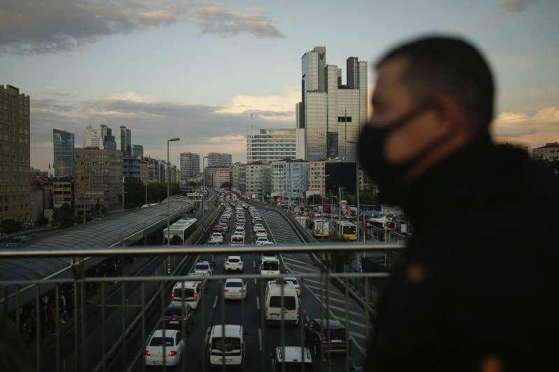 新冠肺炎大流行,土耳其確診病例達16.7萬,死亡率卻僅2.7%。(AP)