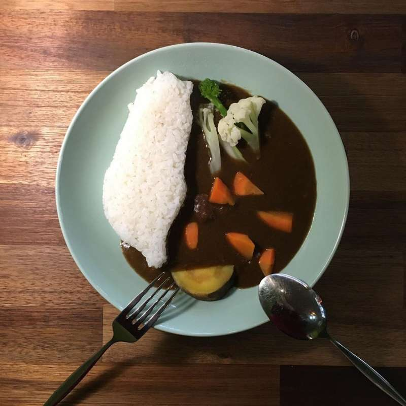 廚師以台灣造型打造,為的就是想提醒用餐者,每一個環節都是來自台灣的好滋味,選用台南16號米,加上在地蔬果打成的醬汁,滿滿的用心。(圖/童鈴雅攝)