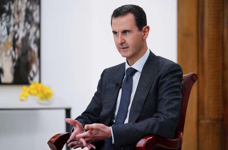 敘利亞歷經9年戰爭摧殘,經濟一蹶不振,總統阿塞德政權面臨多重難關。(AP)