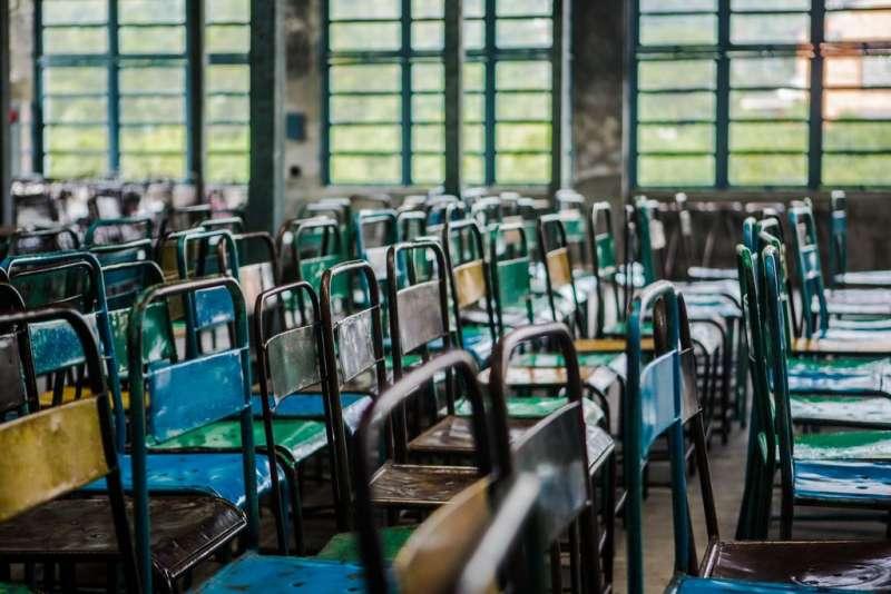 大溪老茶廠閱讀區旁展示的茶具。(圖/取自桃園觀光導覽網)