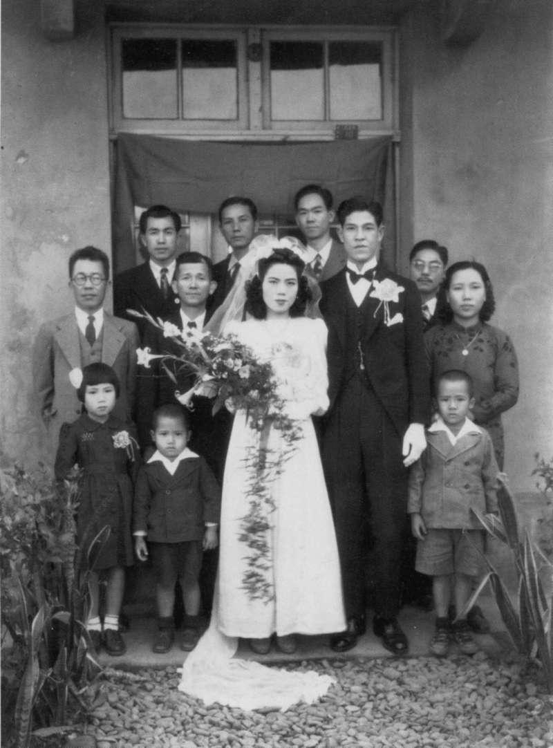 李登輝與曾文惠在1949年結婚,李的仕途受益於妻子娘家甚多。(翻攝自《李登輝總統照片集》)