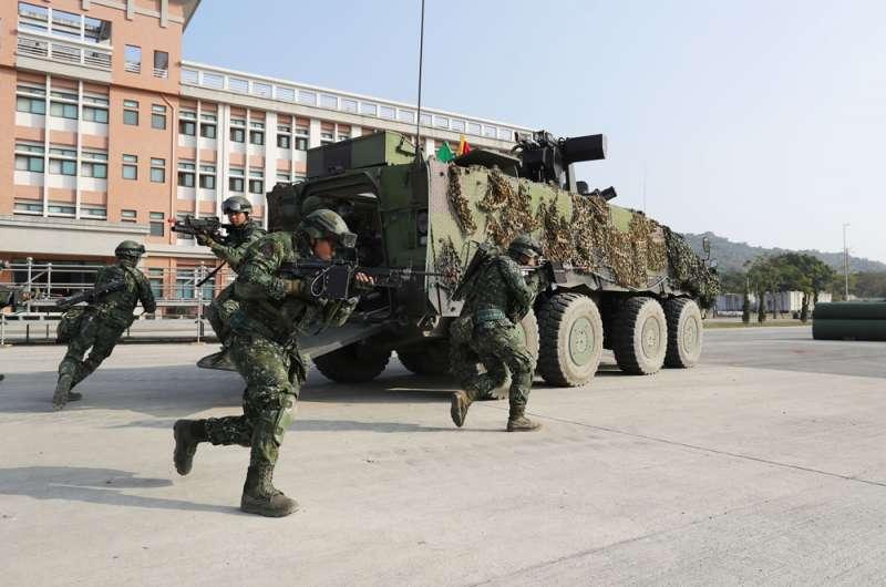 聯合兵種營其戰力有如「小聯兵旅」,可獨立遂行灘岸殲敵作戰。(陸軍司令部提供)