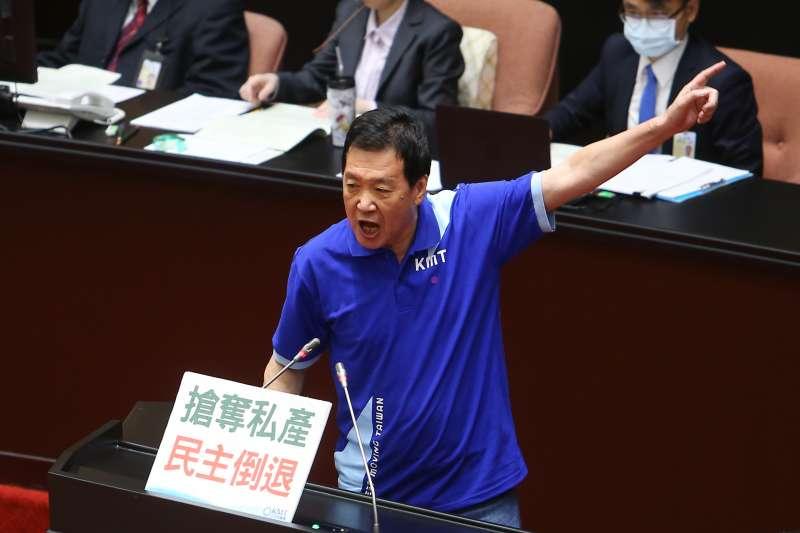 20200702-國民黨立委費鴻泰2日於審查「農田水利法」發言。(顏麟宇攝)