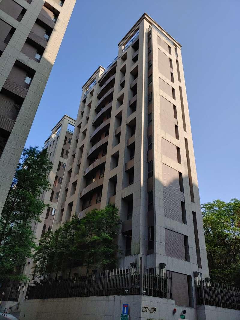 新大樓頂樓良好的視野、採光與位於最高處不被打擾的優勢,都是其他樓層無法取代的。(新新聞資料照)