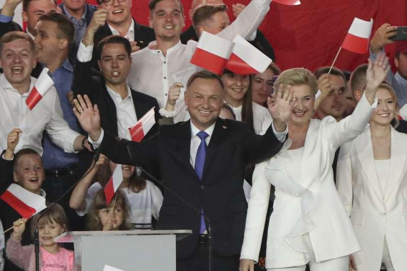 波蘭總統大選:反同總統杜達驚險連任(AP)