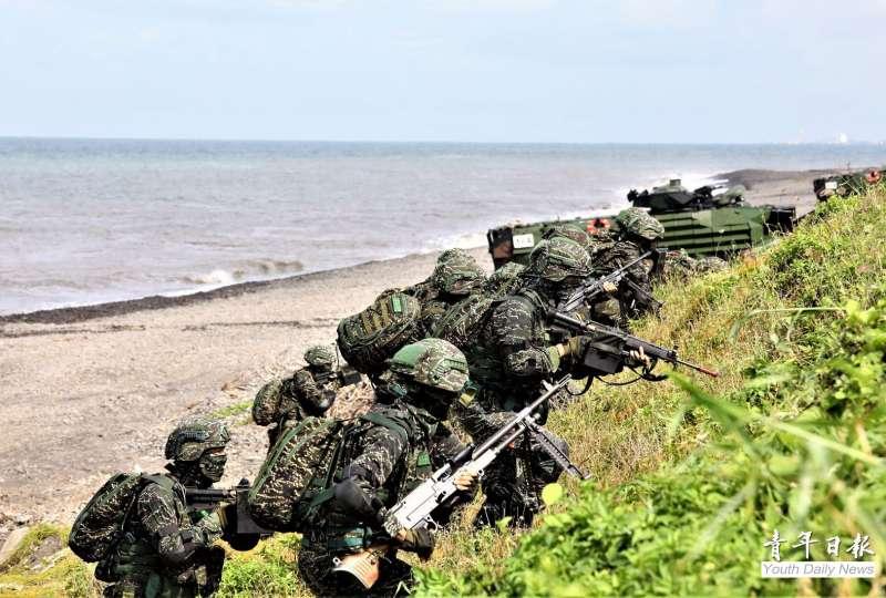 漢光演習陸戰隊登陸搶灘。(青年日報)