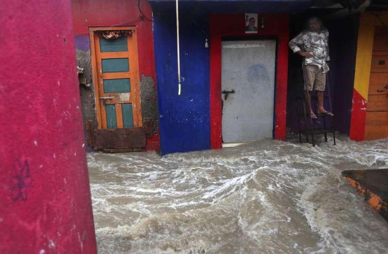 印度雨季導致暴洪,超過200萬人受影響。(AP)