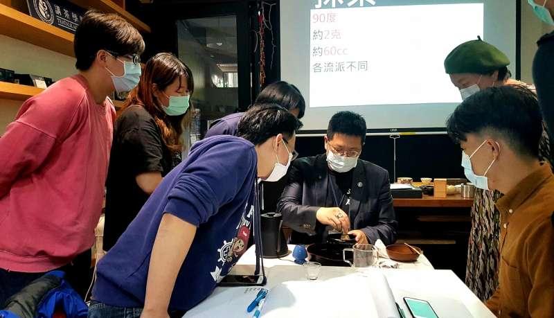 日本茶品評一級。(圖/講茶學院提供)
