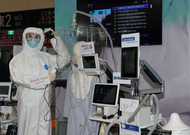 20200723-亞洲生技大展23日揭幕,圖為醫療設備5G應用。(盧逸峰攝)