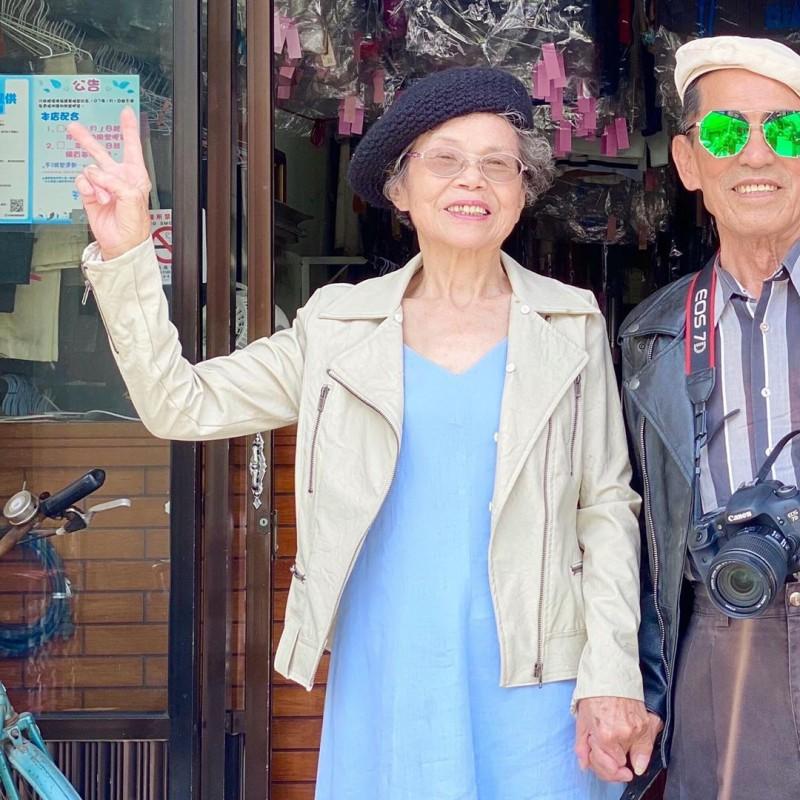 孫子張瑞夫從事文創工作的經驗,意外幫爺爺奶奶的萬秀洗衣店,成為IG上的另類網紅(圖片來源:INSTAGRAM)