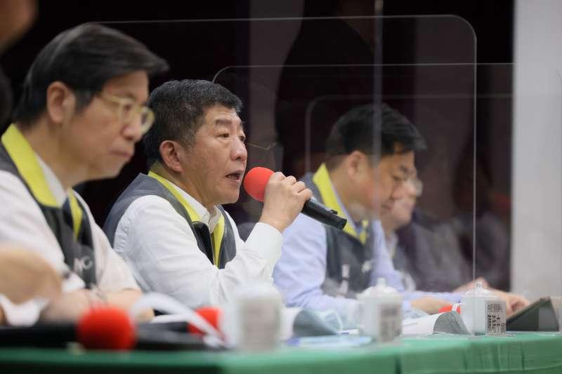 20200729-中央疫情指揮中心指揮官、衛福部長陳時中(見圖)29日出席記者會,回應「疫情海嘯」說。(指揮中心提供)