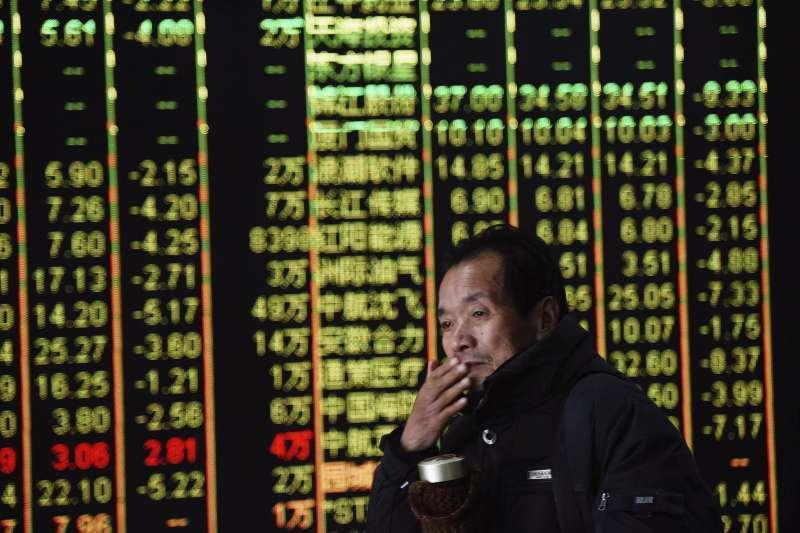 投資人面對股市長期走多,往往希望擴大戰果,但動用財務槓桿的效果並不如想像中美好。(美聯社)
