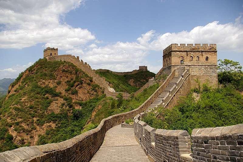 萬里長城是為了抵禦匈奴而興建。(圖/維基百科)