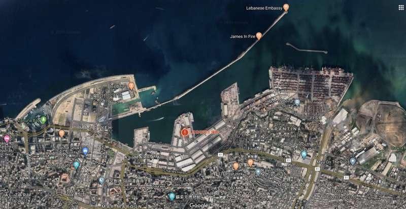因為堆放硝酸銨被引燃發生爆炸的貝魯特港第12號倉庫。