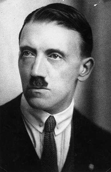 年輕的希特勒(圖/維基百科)