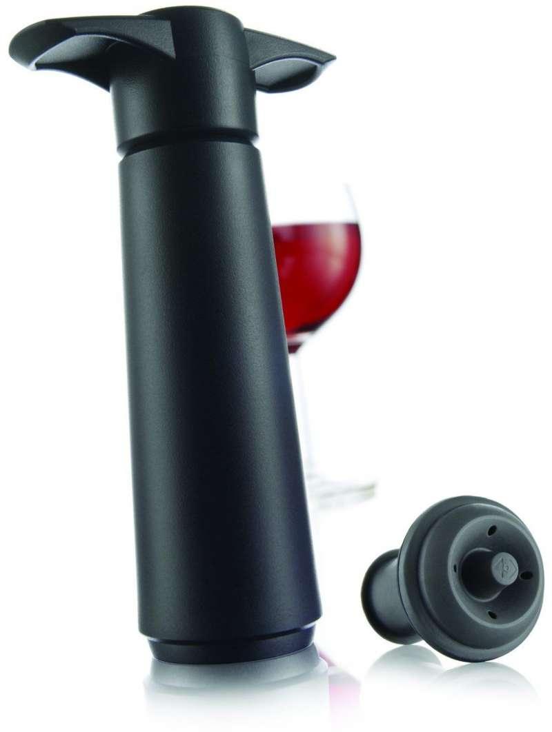 圖四 可以一開始就評估好酒量使用分裝瓶,容易購買到的真空酒塞也是高CP值選擇。 (圖/woodwineracks)