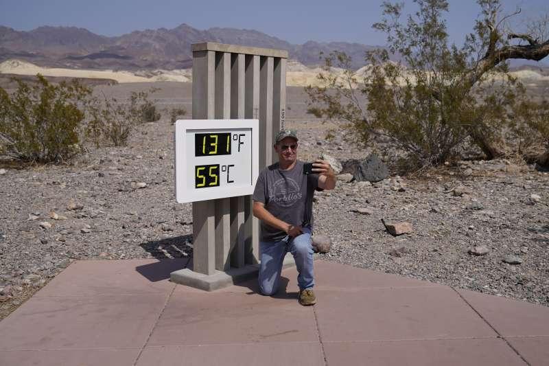加州熱浪侵襲,死亡谷飆54.4度高溫。(美聯社)