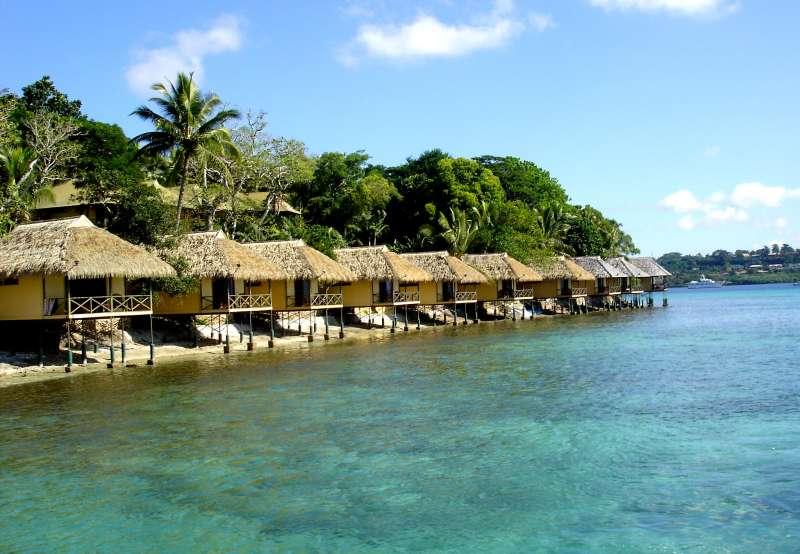 太平洋島國萬那杜靠著販賣護照,在疫情中反讓國庫盈餘近10億台幣。圖為萬那杜伊利利奇島(Phillip Capper@flickr)