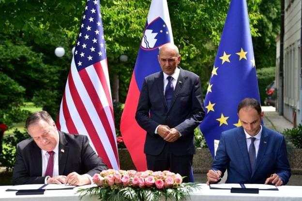 龐畢歐本月早些時候訪問斯洛維尼亞,兩國簽署了一份共同聲明,排除使用「不可靠方」提供的5G網路。(BBC News中文)