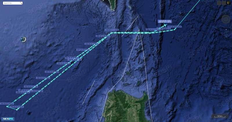 北京智庫「南海態勢感知計畫」公布的美國空軍RC-135S偵察機飛行軌跡圖。(翻攝推特)