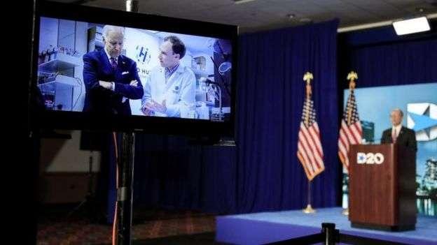新冠肺炎疫情仍然嚴重,美國兩大政黨2020年的全國大會都通過遠程連線方式召開。 民主黨提名拜登參選。(BBC News中文)