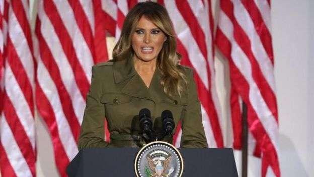 美國總統川普爭取連任,第一夫人在共和黨全國年會上發表講話。(BBC News中文)