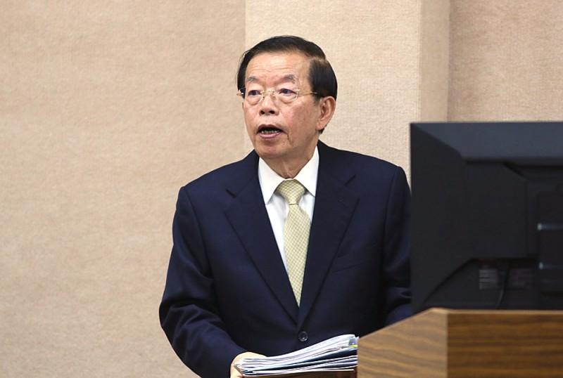 對核食進口議題,謝長廷表示,應跳出政黨本位思考。(柯承惠攝)