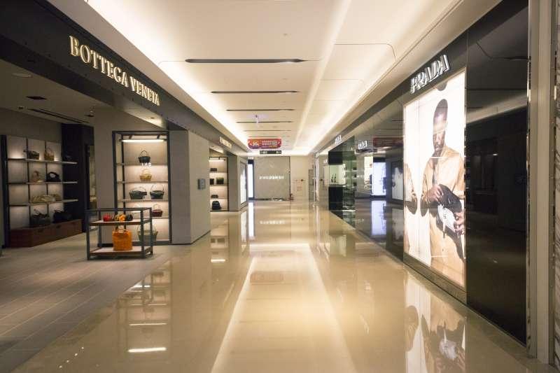 【圖說六】品牌經典商品與熱賣款式與全球同步,時尚零時差