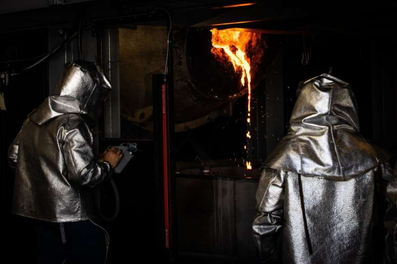 Redwood Materials公司用於提取氧化鋰的爐子。(MAX WHITTAKER FOR THE WALL STREET JOURNAL)