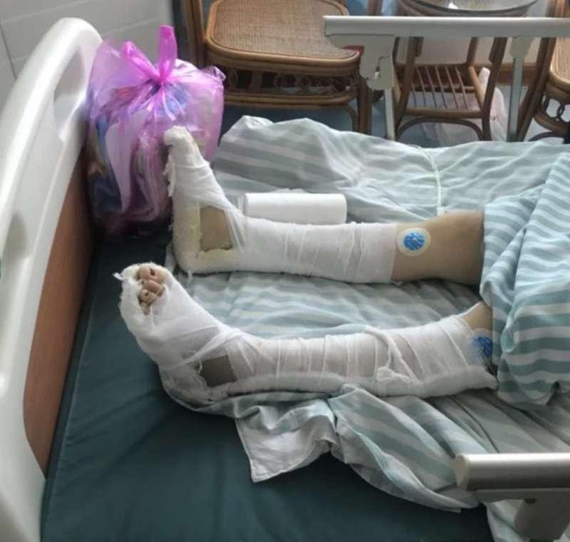 警方堅稱「劉女受傷的主要關鍵為跳樓,非竇男毆打所致。」最終,法院判定竇男僅對妻子造成「一級輕傷」。(梨視頻影片截圖)