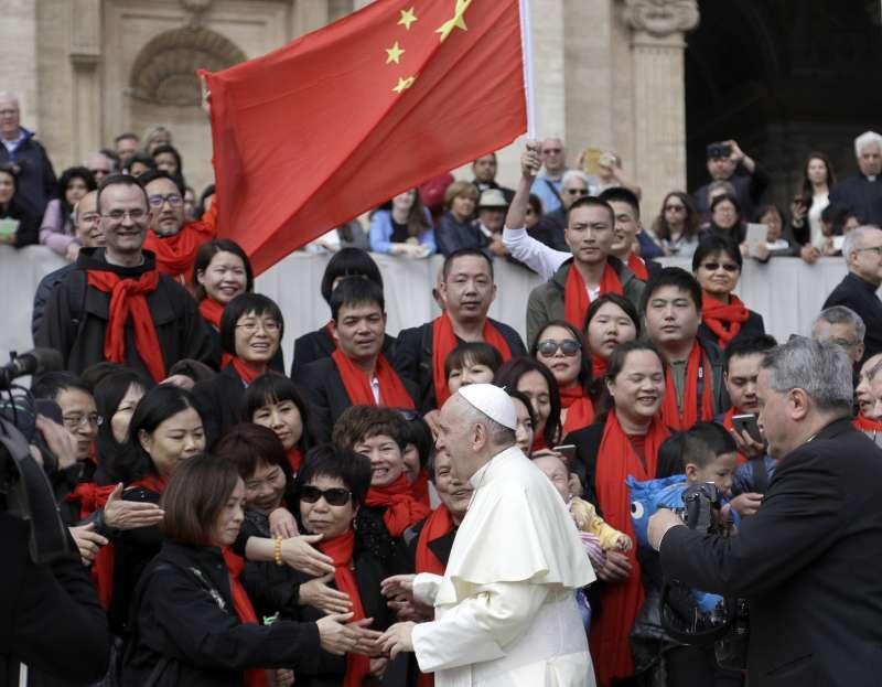 中梵《主教任命協議》談判延續效期之際,教廷遭質疑為此不敢觸怒中國。教宗方濟各。(AP)