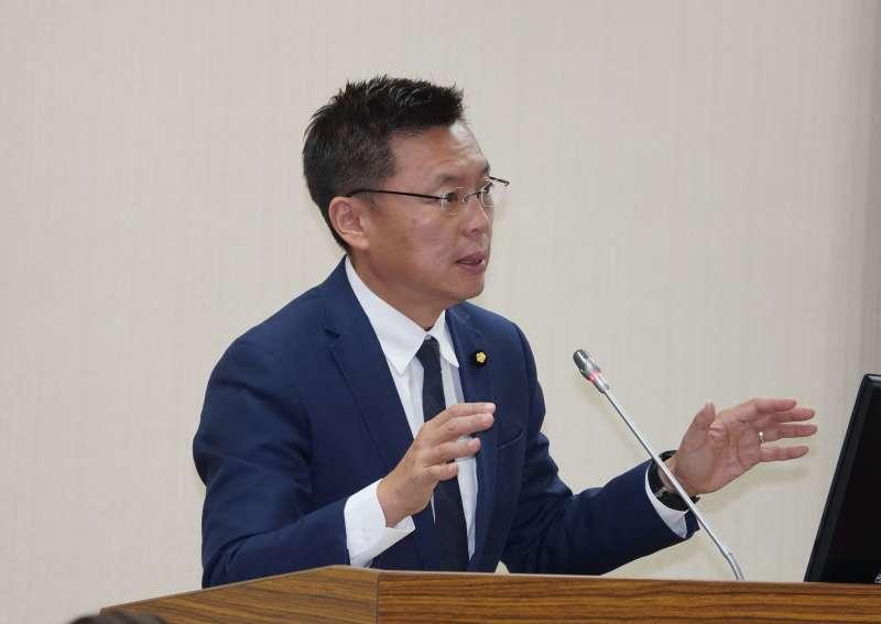 20201007-立委趙天麟7日於國防委員會質詢。(盧逸峰攝)