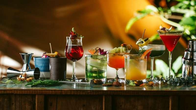 Chill Play特別以女性客群喜愛的茶酒為基礎,推出各種如四季變化般多重風味的調酒。(圖/Chill Play去憂不累提供)