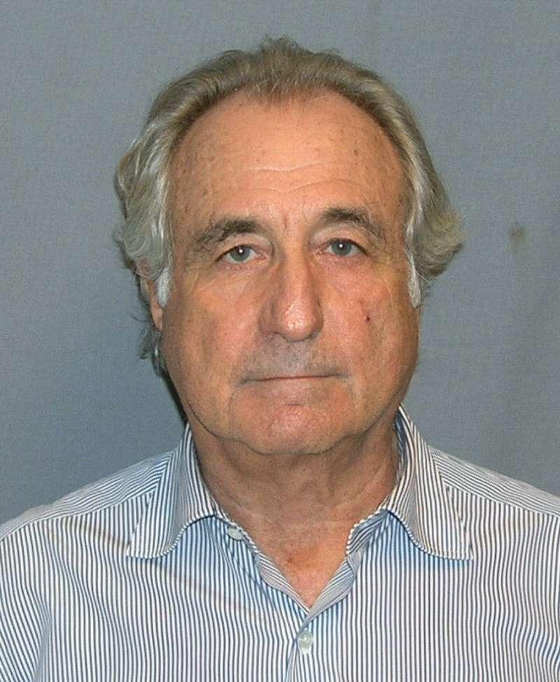 馬多夫(Bernard Madoff)是華爾街大亨,但他設下的超大龐式騙局令投資人損失逾500億美元,因此遭美國法官判刑150年(圖片來源:維基百科)