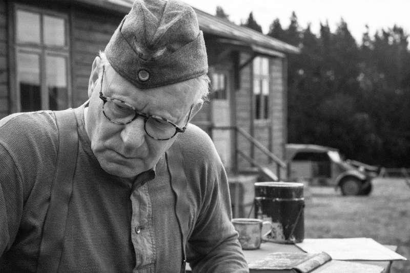 《異端鳥》劇照。瑞典演員史戴倫史柯斯嘉(Stellan Skarsgård)飾演納粹德軍之一。(聯影電影)
