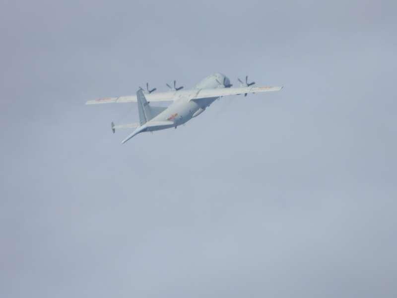 中共運8反潛機照在國慶雙十進入我西南防空識別區。(空軍司令部提供).jpg
