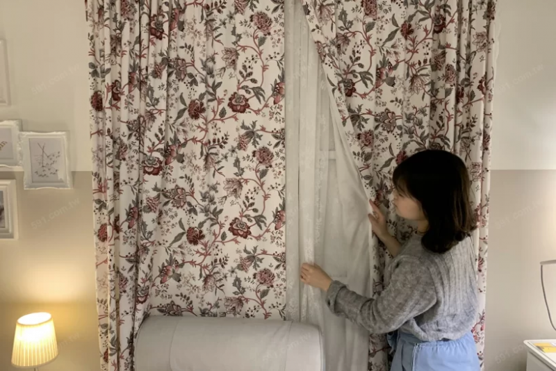 民眾在測量家中的窗戶寬度與高度時,需連同窗框也一起計算。(圖/591房屋交易網提供)