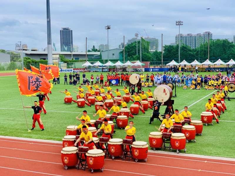 2020台灣拉美盃足球賽:陸軍官校戰鼓隊表演(簡恒宇攝)