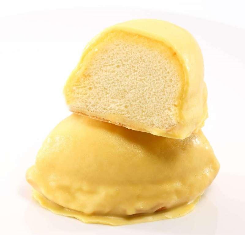 外型小巧可愛、像半顆檸檬的檸檬餅。(圖/林信一福堂)